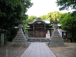 250px-Shiroyama-Hachimangu01