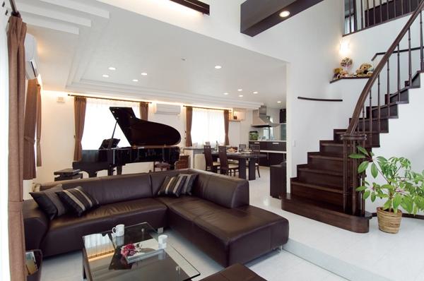 ピアノ リビング