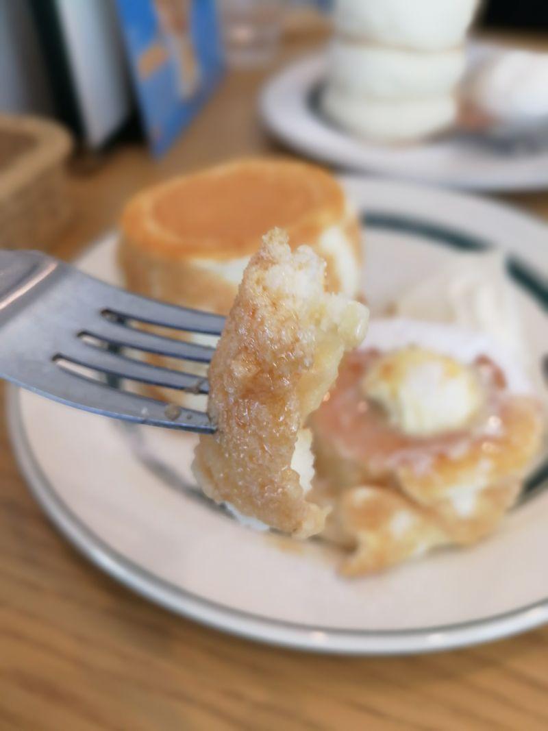 パンケーキ 食事シーン