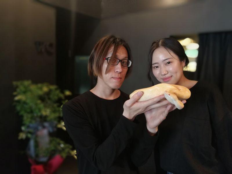 名古屋・大須 モンスター「oozoo」爬虫類カフェのスタッフ